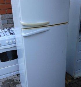 Холодильник Атлант(Минск) в отличном состоянии