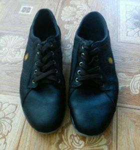 Обувь мужская.