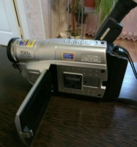 ВидеокамераJVC