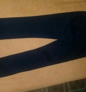 Брюки-джинсы(новые).