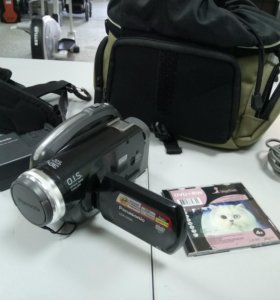 Видеокамера Panasonic VDR-D230 Сумка/комплект