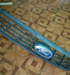 Форд фокус 2 2008 (ристайл) решетка радиатора б/у.
