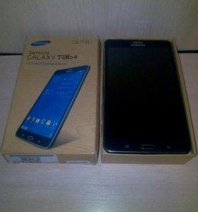 Планшет: Samsung Galaxy Tab4.