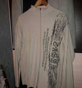Свитер на молнии и 3 футболки в подарок