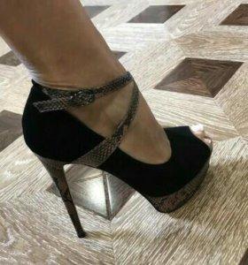 Туфли из нат.замши и питона