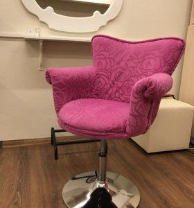 Кресло детское крутящееся розовое