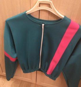Куртка новая безразмерная
