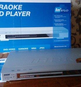 Караоке DVD плеер BBK dv115si