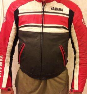 Мотокуртка кожаная Yamaha