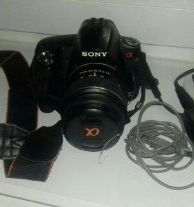 Продам зеркальный фотоаппарат Sony Alpha