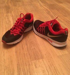Nike Air Relentless 6 Б/У