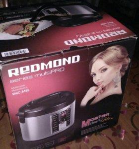 Новая мультиварка REDMOND RMC-M25