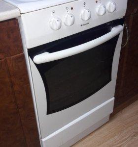 Продам электрическую плиту Hansa