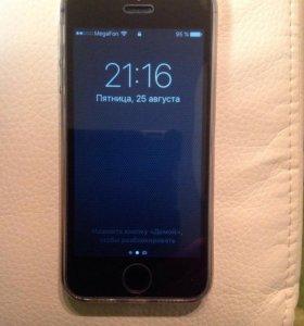 Телефон Apple IPhone 5S 16 ГБ