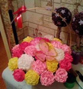 Цветы из гафрированой бумаги на заказ