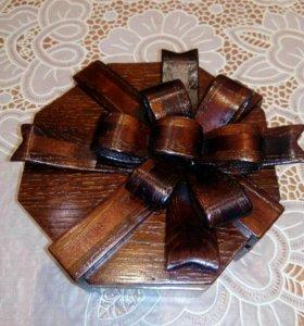 Шкатулка или упаковка для подарка