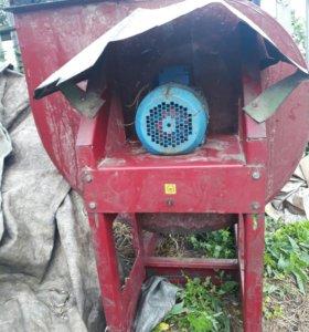 Промышленная вытяжка для цеха