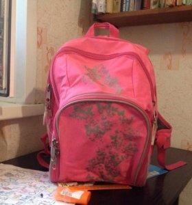 Школьный рюкзак(ранец, портфель)