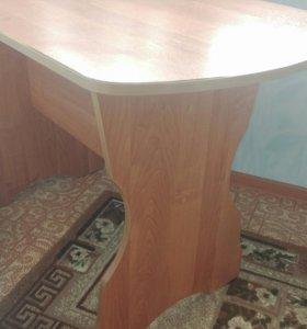 Продам стол.ТОРГ !!!