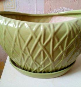 Кашпо из керамики новое