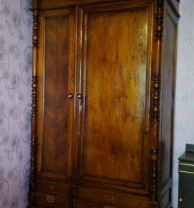 Антиквариат шкаф