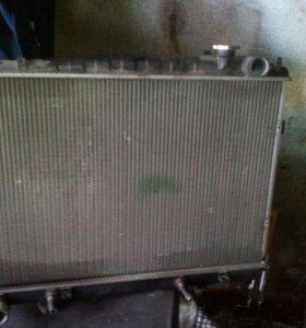 Радиатор на Nissan
