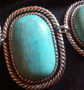 Комплект из бирюзы (ожерелье, браслет,серьги)