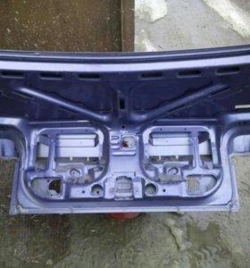 Крышка багажника мазда 626 седан GD,90,г