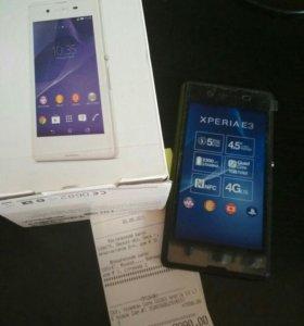 Смартфон Sony Xperia E3