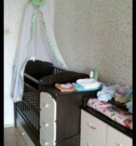 Кровать трансформер(с комодом) + комод пеленальный