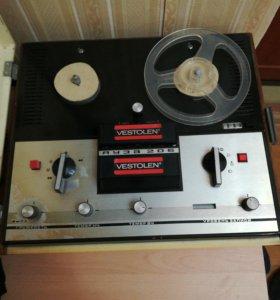 Бобинный магнитафон