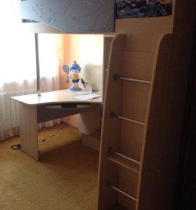 Стенка детская с кроватью и шкафом
