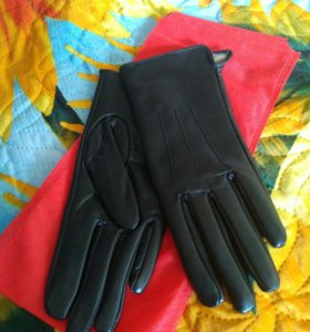 Женские перчатки из натуральной кожи