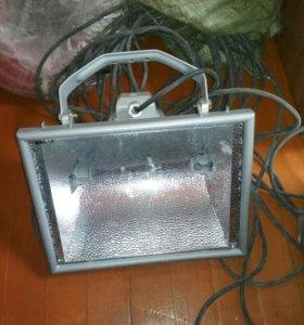 Прожектор 2000ват