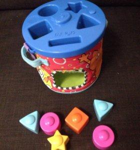 Развивающая музыкальная игрушка.