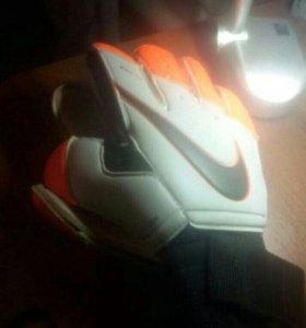 Nike GK Premier SGT