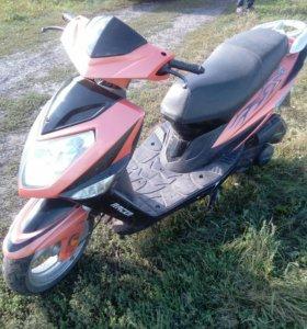 Скутер Racer RC150-15