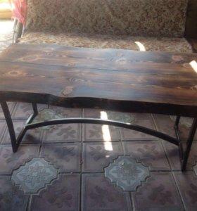 Стол журнальный-кофейный в стиле лофт из массива