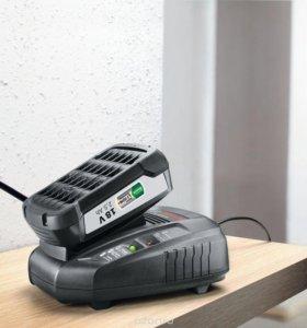 Зарядное устройство Bosch +аккумулятор