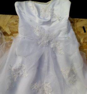 Свадебное платье 44-48 корсет + фата