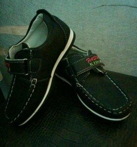 Новые туфли , размер 29