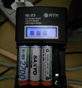 Зарядное устройство для AA и AAA аккумуляторов.