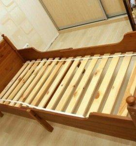 Продам кровать выростайка Икеа Лексвик б/у