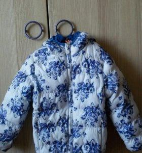 Куртка р.104 для девочки