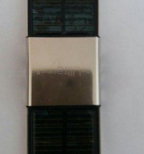 Зарядное устройство на солнечных батарейках