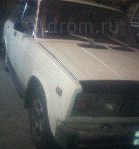 Автомобиль Lada 21043