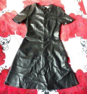 Платье кожзам женское 36-38 размер