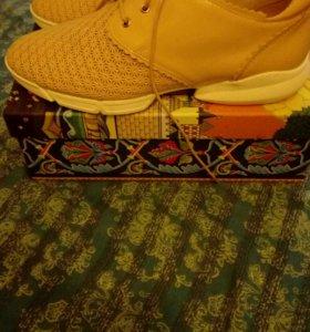 Обувь новая TERVOLINA