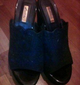 Туфли чёрные 39 р-р