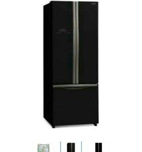 Холодильник двухдверный,,Хитачи,,